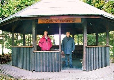 """Zurzeit einmal nicht beschädigt und verdreckt: die Grillhütte """"Florian"""" in Landesbergen."""