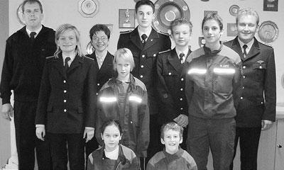 Der neue Jugendausschuss des Feuerwehrnachwuchses mit Jugendwart Bernd Soll (hinten links) und dessen Team.Foto: Bernd Meyer