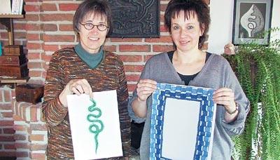 Marie-Luise Prinzhorn (links) und Adina Sternemann freuen sich auf die elften Brokeloher Klöppeltage.Foto: Reckleben-Meyer