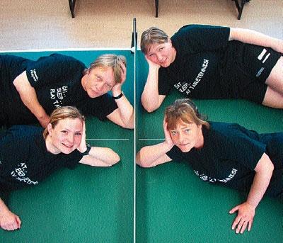GUTE SAISON: Die Brokeloherinnen Sabine Laufer (oben links), Marion Passiel (oben rechts), Janine Teich (unten links) und Petra Armbrust haben sich die Sommerpause redlich verdient.