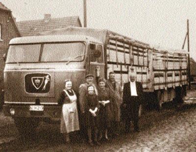 Der Faun-Lastzug war die Lkw-Basis für die wachsende Spedition Heineking.Fotos: privat