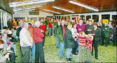 Rund 150 Husumer waren bei der Neujahrsbegegnung in der Schulaula dabei.