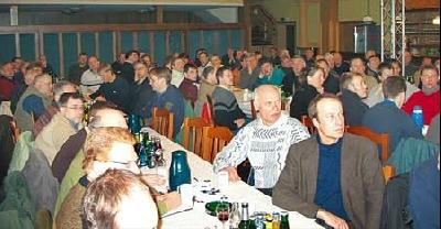Über 100 Teilnehmer verfolgten die Vorträge der Pflanzenschutz-Experten.Foto: S. Hildebrandt