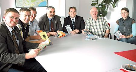 Bürgermeister und Verwaltungsmitarbeiter