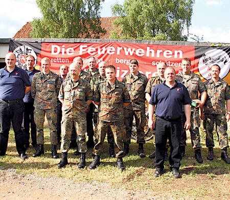 Fünfte Kompanie des Eloka-Bataillons aus Langendamm